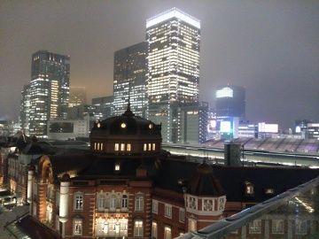 小雨そぼ降る東京